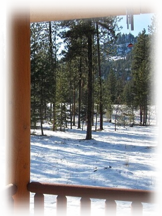 Lozeau Lodge Inn Montana Rustic Cabins to Rent with Porch View